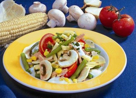Gemüse-Mais-Salat - BCM Diät Rezepte.at