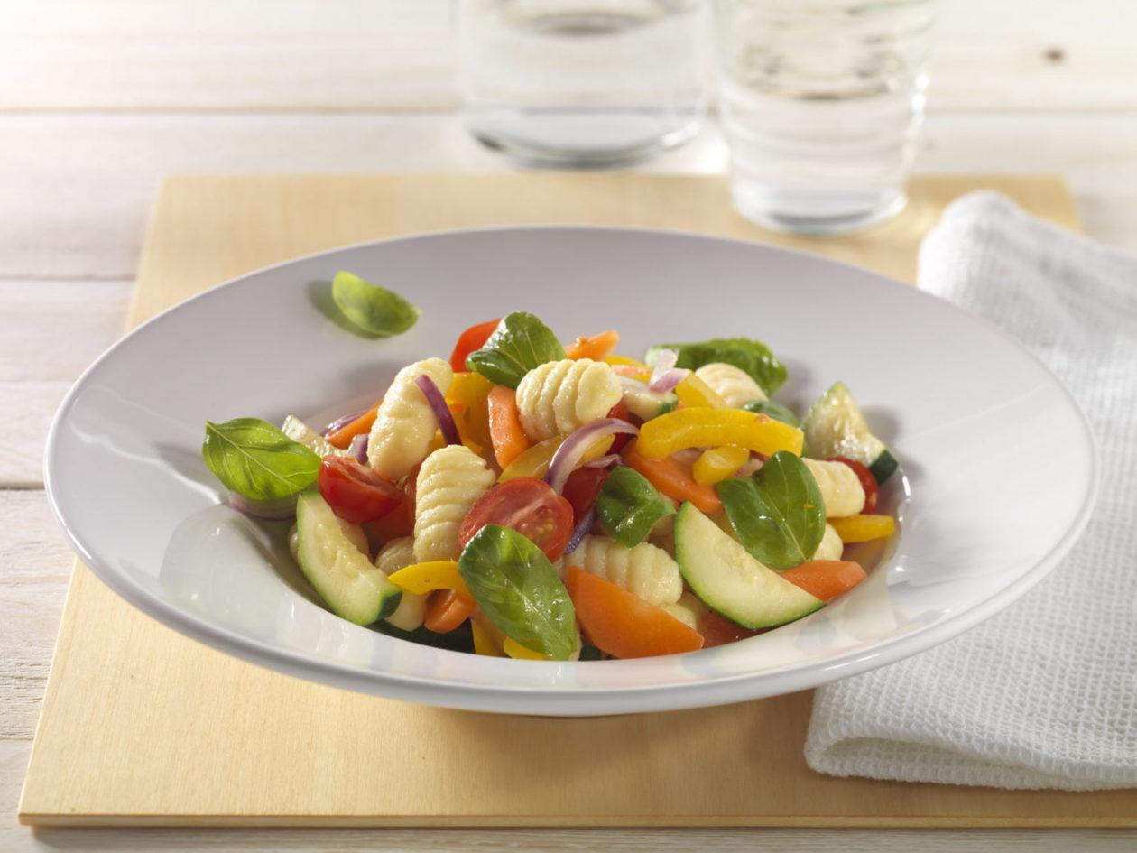 Gnocchi mit Basilikumgemüse - BCM Diät Rezepte.at