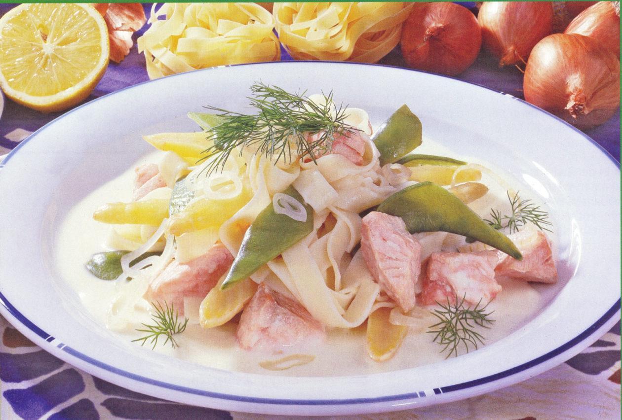 Lachsnudeln - BCM Diät Rezepte.at