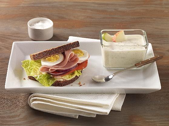"""Vollkornsandwich mit gekochtem Schinken und """"Guten Morgen"""" - Joghurt - BCM Diät Rezepte.at"""