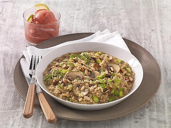 Pilzrisotto mit Pinienkernen und Kerbel - BCM Diät Rezepte.at