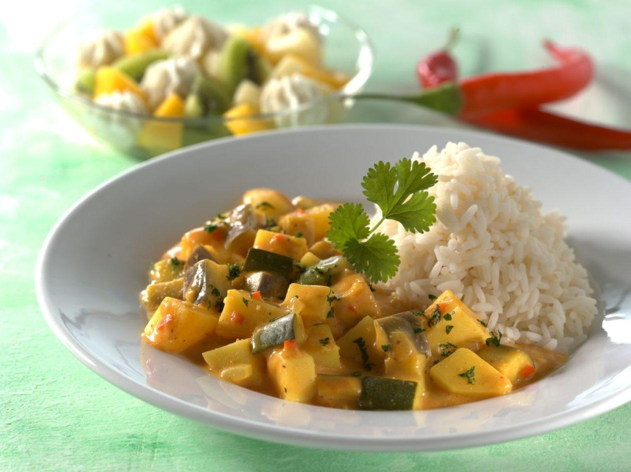 Geschmortes Joghurtgemüse mit Reis - BCM Diät Rezepte.at