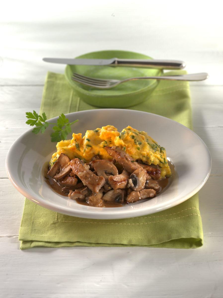 Kalbsgeschnetzeltes in Champignon-Balsamicosauce mit Kürbis-Kartoffelstampf - BCM Diät Rezepte.at