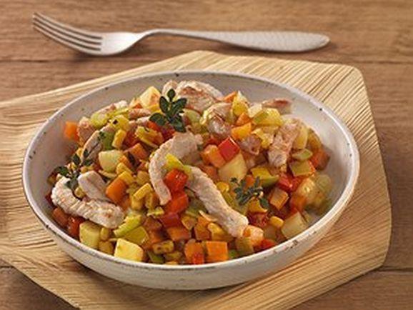 Kreolisches Maisgemüse mit Putenstreifen - BCM Diät Rezepte.at