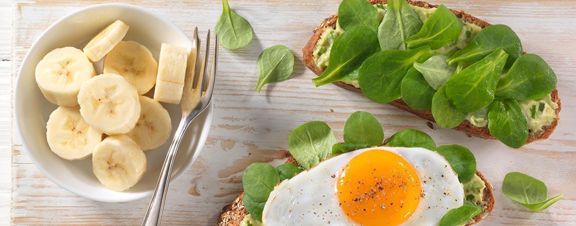 Avocado-Spiegelei-Vollkornsandwich - BCM Diät Rezepte.at