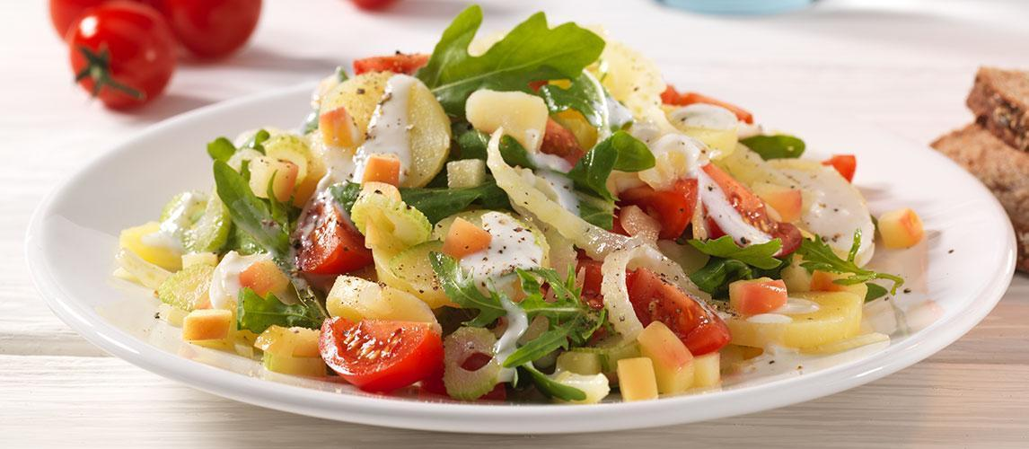 Fenchel-Kartoffel-Salat mit Kirschtomaten und Gorgonzoladressing - BCM Diät Rezepte.at